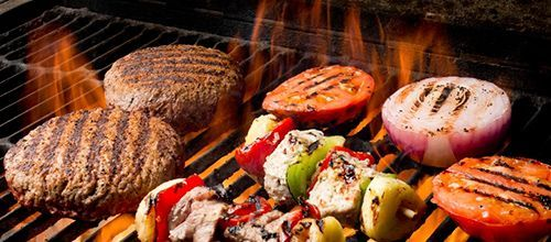 Barbecues and plates